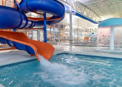 Indoor Pools and Splash Zone at Workout Club in Salem